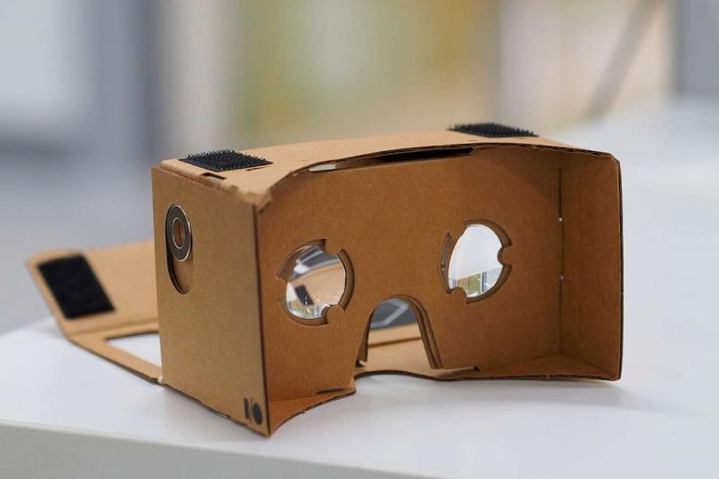 (Français) Digitalisation des médias : la réalité virtuelle a-t-elle un avenir ?